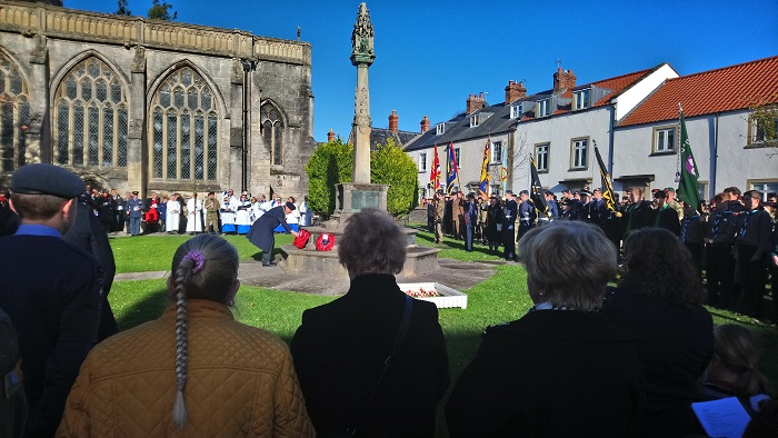 Remembrance: Hundreds pay their respects