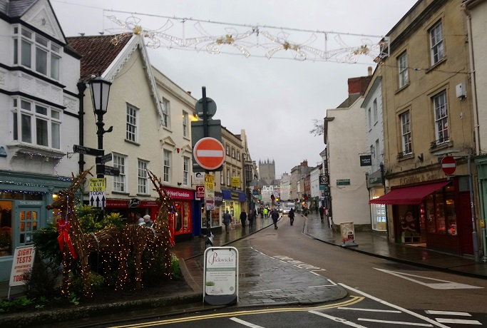 Views to be sought on pedestrianisation