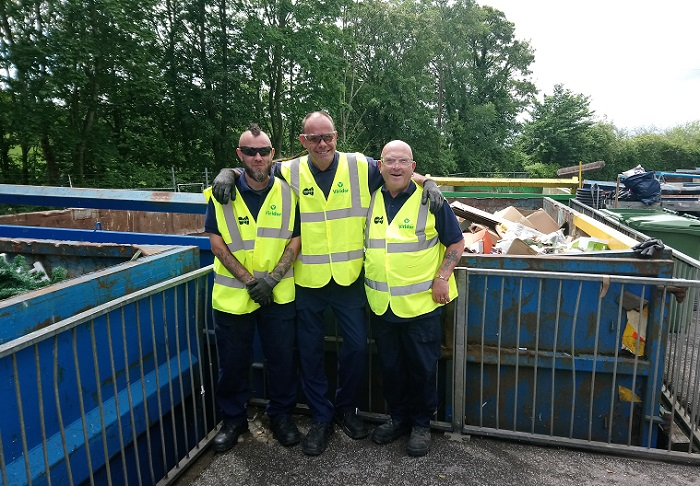 Recycling centre staff praised - but meeting told flytipping a big concern in region